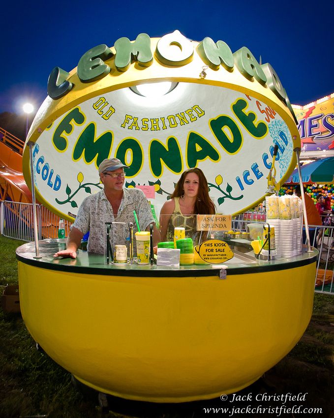 how to sell a lemonade stand